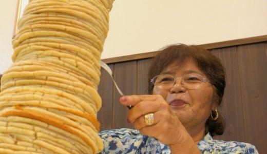 【何枚か】年齢分の枚数を積み上げる世界最高のパンケーキタワーとは【数えてみて】