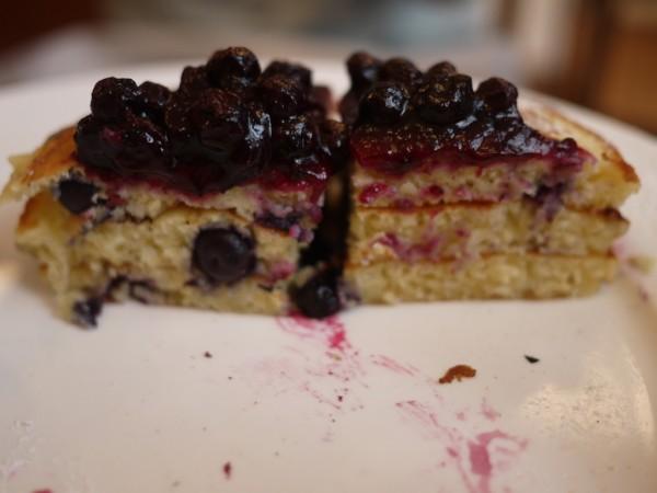 ブルーベリーパンケーキの断面