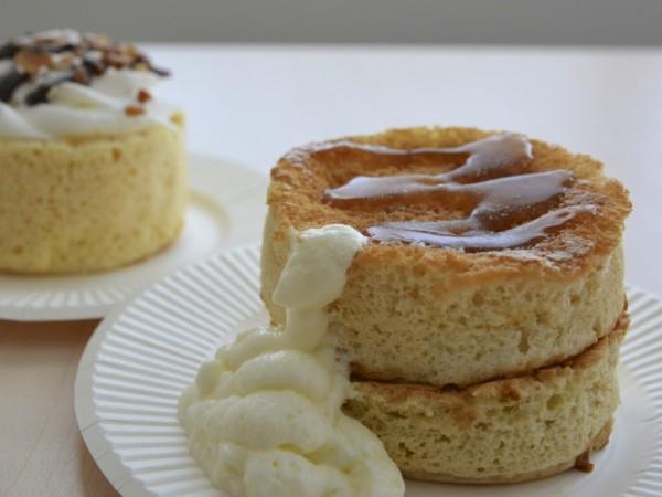 ローソンとファミマの厚焼きパンケーキ