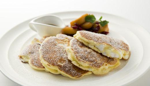 サラベス新宿店でオープン1周年記念の「アップルスフレパンケーキ」が登場